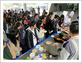 Zhejiang University students waiting in line for a taste of Canada
