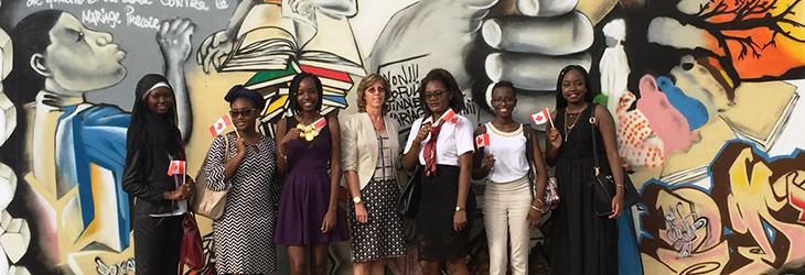 Le Canada au Sénégal : des filles militant pour des filles