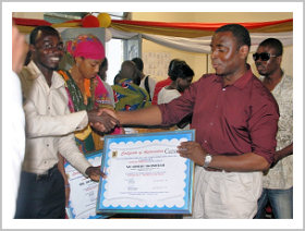 Nii Armah Akomfrah receives an award