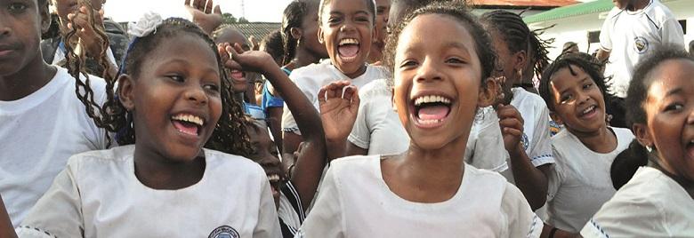 Vive la Educación! Mejorando el acceso a la educación para niñas y niños de Colombia