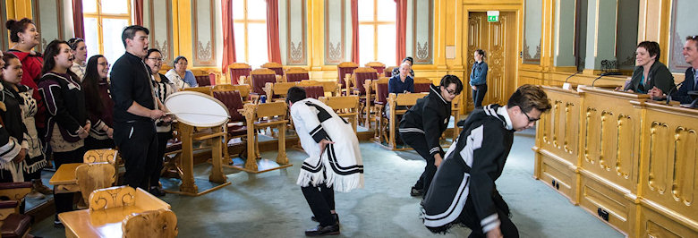 Inuit students share a special performance at the Norwegian Parliament (Storting) for the Norwegian MP Margunn Ebbesen